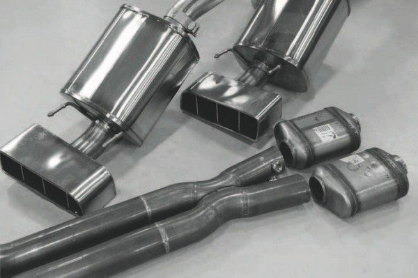 The final major task in the installation involves re-installing the exhaust system. As is the case with most turbo installations, a modified exhaust system is required. In the case of this Z06-based project, it also required reimaging the converter system, because the close-coupled, highmounted catalytic converters on the stock exhaust system were eliminated. Lingenfelter's solution involves using a pair of aftermarket converters and a lightly modified Corsa C6 Corvette flow tube to fit within the vehicle's underbody tunnel. The rest of the exhaust system was modified in order to keep the mufflers in the stock location.