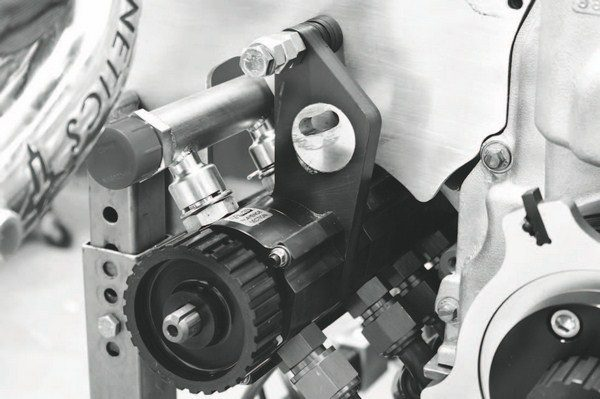 A dry-sump oiling system is used and the pump for it is a five-stage unit from Moroso. One of the stages is used to suck oil out of the turbochargers to reduce potentially damaging buildup.