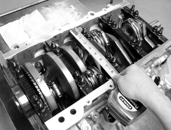 As long-stroke crankshafts pull the pistons farther down the bores, the connecting rods come into closer proximity of the crankcase. To combat potential clearance issues between the rotating assembly and crankcase, most aftermarket blocks incorporate oil pan rails that are spread farther apart.