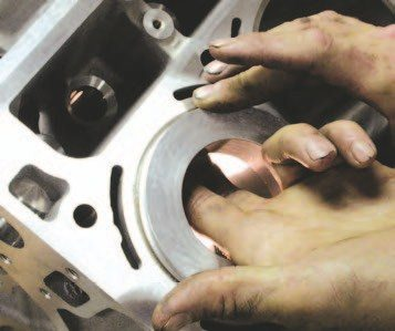 4. … reach up under the ring depthsetting tool to pull the ring firmly up against the bottom of the ring depth tool.
