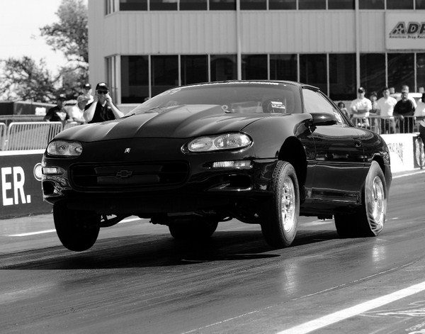 Thanks to its 717-hp engine, which consists of a 500-ci LS2 short-block topped with LS7 heads, the School of Automotive Machinists' 3,700-pound 1998 Camaro rips the quarter-mile in 9.96 seconds at 135 mph. When fitted with cylinder heads that flow serious air, biginch stroker motors produce outstanding horsepower and torque while retaining excellent street manners.
